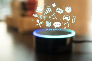 Sprachassistenten wie Amazons Alexa werden immer stärker mit Autos vernetzt.
