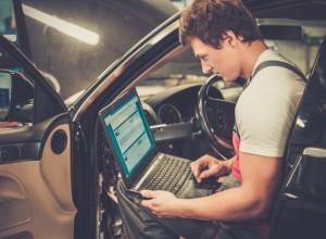 Software-Updates sind aus Sicht der Industrie die beste Lösung für Dieselautos.