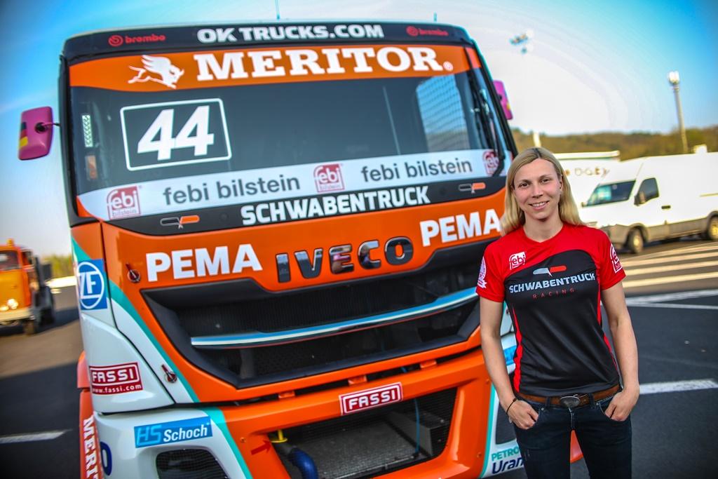 Rennfahrerin Steffi Halm freut sich auf die kommende Saison.
