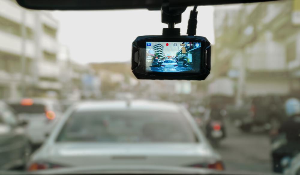 Dashcams zeichnen das Verkehrsgeschehen auf.