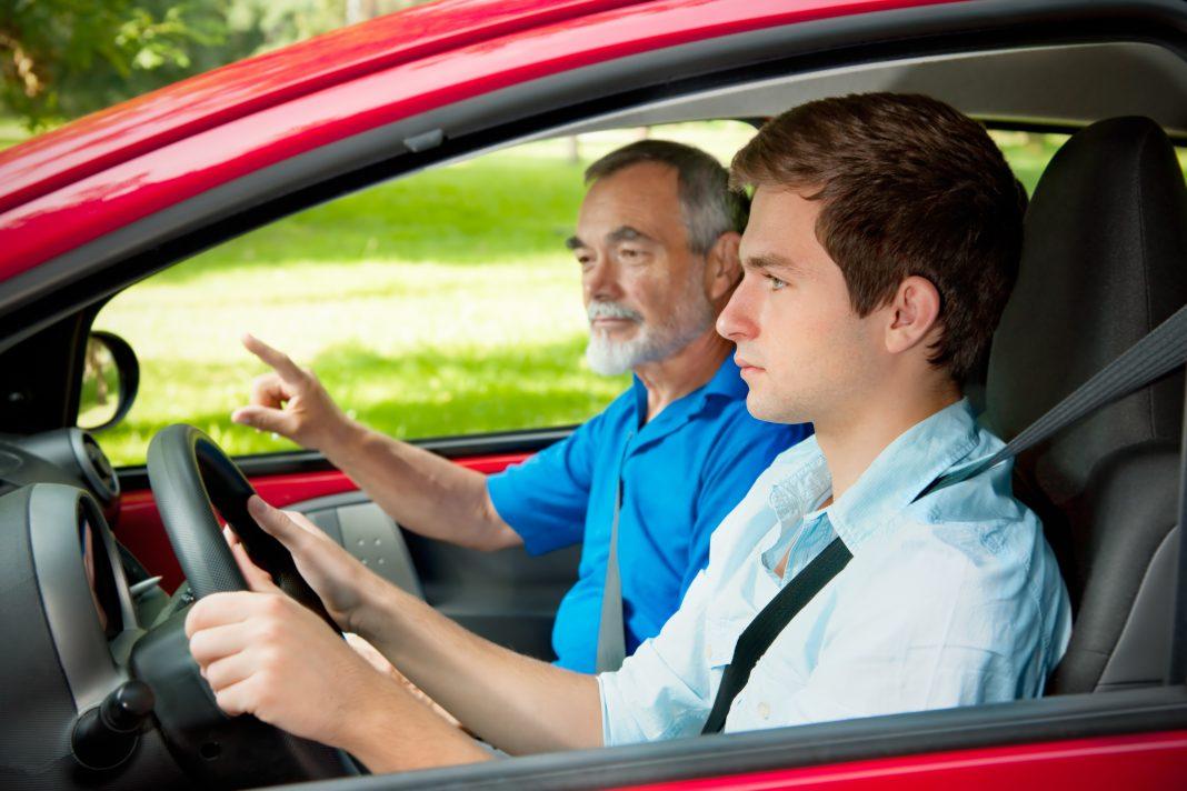 Fahrstunde: Demnächst nur noch im Automatikauto?