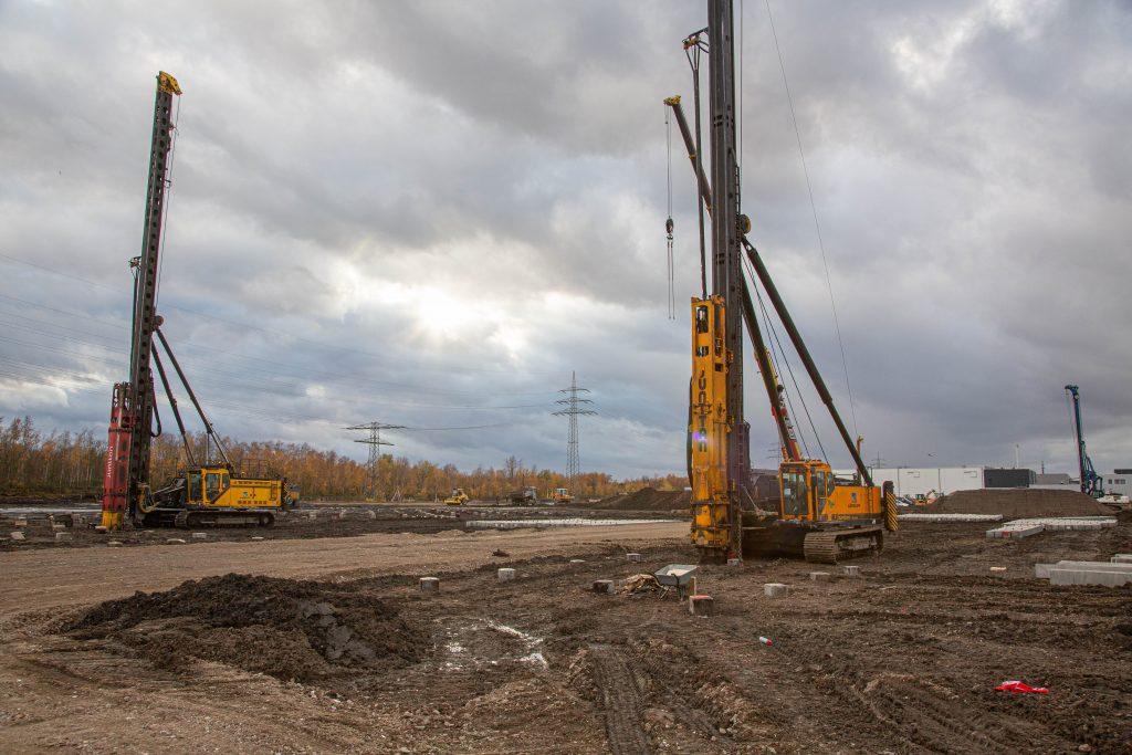 Ein Blick auf die Baustelle: Hier wird das Logistikzentrum der bilstein group entstehen (Foto: Stadt Gelsenkirchen, Hansjürgen Smit).