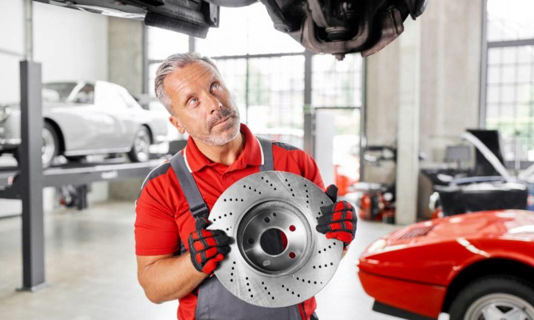 Die hochwertigen febi Bremsscheiben werden so konstruiert, dass sie Wärme schnell und effektiv abführen können.