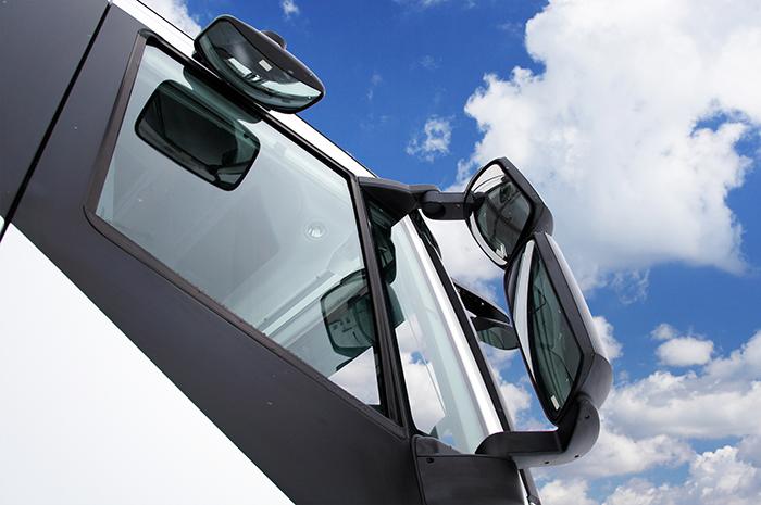 Kako retrovizori za kamione čine vozilo bezbednim